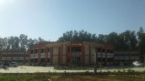 New Model Degree College, Pathankot