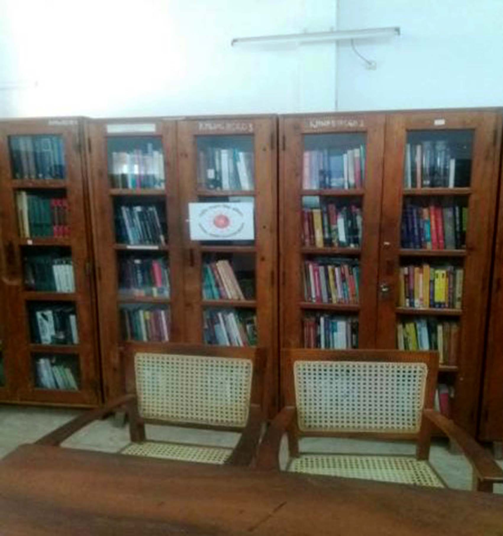 Books Shelf- Funded by RUSAjpg (2)