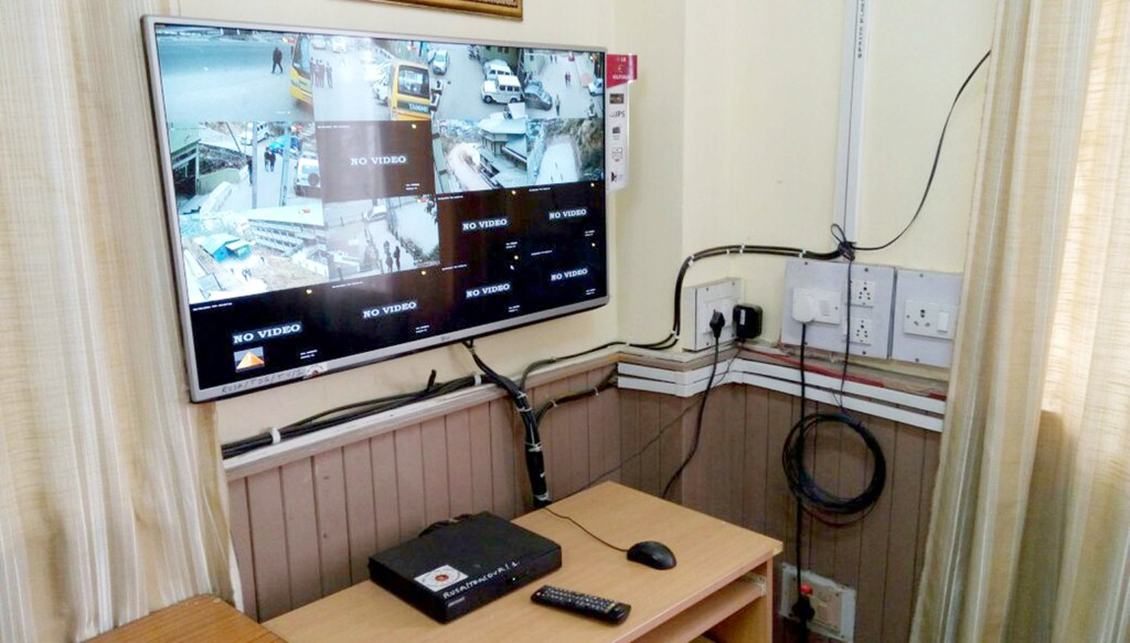 Infrastructure Grants to Tadong College - CCTV Camera (2)