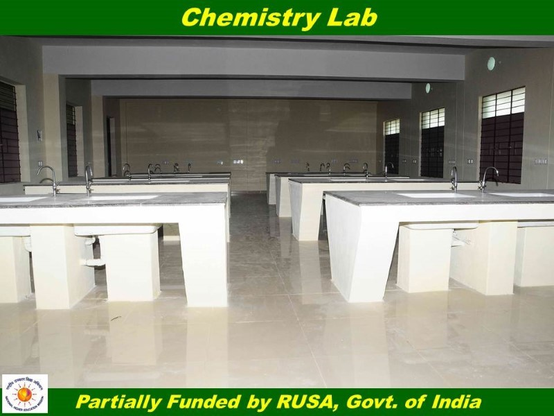 Thiruvallurvar University - Chemistry Lab